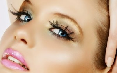 Гримът и контактните лещи